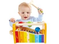 Brinquedo para desenvolvimento musical da criança em 1 ano