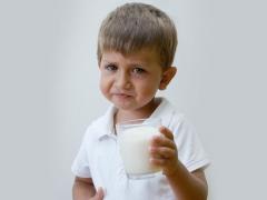 การขาดแลคเตสในเด็ก (การแพ้แลคโตส)