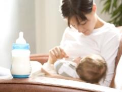 Hoe een gemengde voedende baby organiseren?
