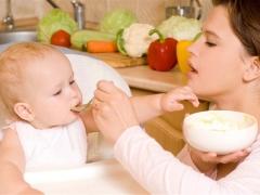 เมนูของเด็กใน 8 เดือน: พื้นฐานของอาหารและหลักการโภชนาการ