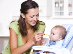เมนูของเด็กอายุ 6 เดือน: พื้นฐานของอาหารและหลักการโภชนาการ