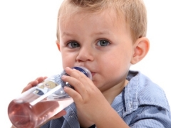 เด็กอายุเท่าไหร่ที่จะสามารถให้วุ้นได้?