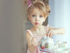 Op welke leeftijd kan je het kind thee geven?