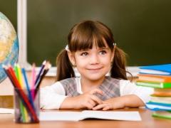 การเตรียมความพร้อมสำหรับโรงเรียน: กิจกรรมใดบ้างที่จะช่วยให้ลูกของคุณปรับตัวเร็วขึ้นในโรงเรียน