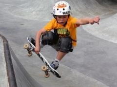 Hoe kies je een skateboard voor een kind en hoe leer je te skaten?