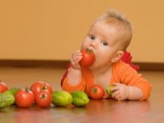Op welke leeftijd kun je een kind tomaten geven?