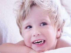 Bruxisme: baby maalt zijn tanden