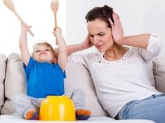 أعراض وعلامات فرط النشاط عند الطفل