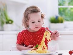 Op welke leeftijd kun je het kind pasta geven?