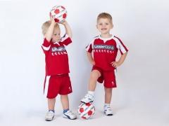 จะทำอย่างไรถ้าเด็กไม่ต้องการเล่นกีฬา: คำแนะนำจากนักจิตวิทยา