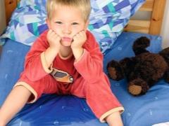 Trattamento di enuresi nei rimedi popolari dei bambini