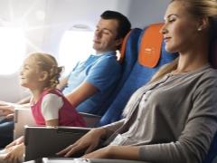 Regels voor het vervoeren van kinderen in het vliegtuig en hun bezittingen