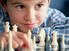 Hoe leer je een kind om te schaken?
