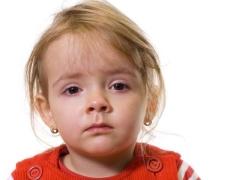 Come trattare la congiuntivite in un bambino 1-4 anni?