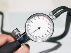 บรรทัดฐานความดันโลหิตในเด็กตามอายุจะทำอย่างไรในกรณีที่มีการเบี่ยงเบน