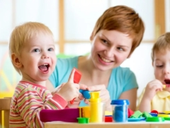 الأنشطة التعليمية للأطفال 2 سنوات