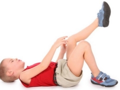 Waarom heeft een kind crunches in de gewrichten?