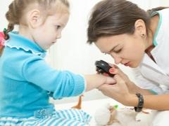อาการและการรักษาโรคสะเก็ดเงินในเด็ก