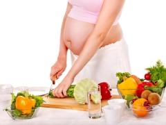 Pemakanan seorang wanita hamil pada trimester kedua