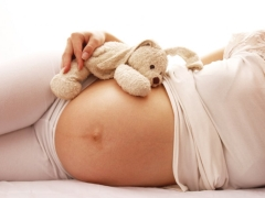 การนำเสนอใบหน้าของทารกในครรภ์คืออะไรและผลที่ตามมาอาจจะเป็นสำหรับเด็ก?