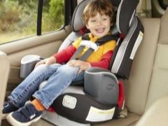 Scegliere un seggiolino per bambini da 9 kg