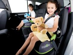 Scegliere un seggiolino per auto per bambini di 15 kg