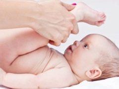 นวดสำหรับอาการท้องผูกในทารก
