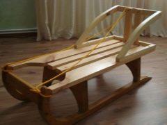 Slitte di legno: tipi e suggerimenti per fare