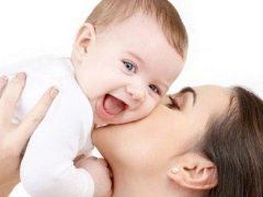 ทารกเริ่มหัวเราะเสียงดังเมื่อไหร่?