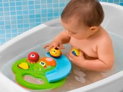 Scegliere i giocattoli da bagno