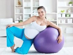 الجمباز للسيدات الحوامل في الثلث الثالث