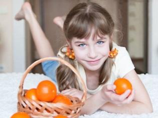 Girl dengan tangerin