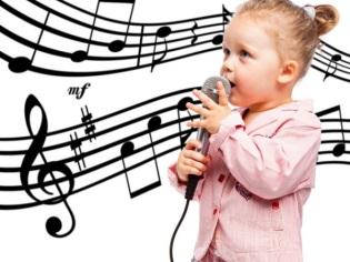 Kind zingt 4 jaar