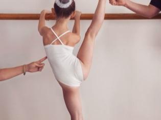 Kind in ballet op 7-jarige leeftijd