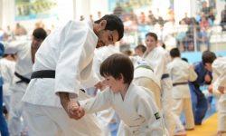 În sesiunea de instruire - gratuit: În Oseția de Nord, copiii implicați în sport primesc bilete gratuite de călătorie