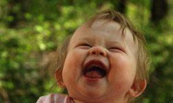 Râsul și numai: în Amsterdam au fost găsite diferențe între râsul copiilor și cel adult