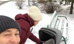 Serghei Bezrukov a mers prima oară la plimbare cu fiul său nou-născut (foto)