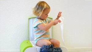 Excréments blancs ou légers chez un enfant