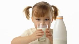 Perché abbiamo bisogno di preparazioni di lattasi per i bambini?