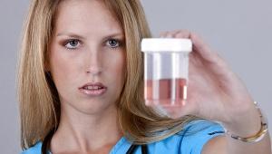 Roze urine bij een kind