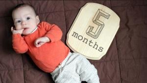 5 aylık çocuk gelişimi