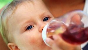 Compote, puree en afkooksel van pruimen voor de baby
