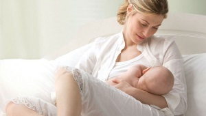 ماذا تفعل عند الفواق عند الولدان والرضع بعد الرضاعة؟