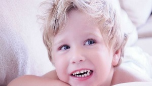 Bruxisme: bébé grince des dents