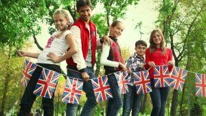 Kem kanak-kanak di luar negara