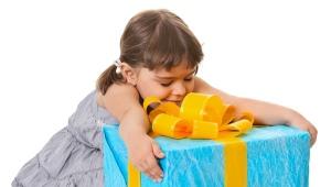 Apa yang perlu diberikan kepada seorang gadis selama 4 tahun?