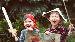 Mencari hari jadi kanak-kanak - cari hadiah dengan memo buku