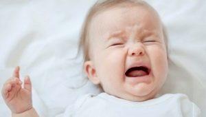 ทำไมทารกร้องไห้หรือกรี๊ดในความฝัน