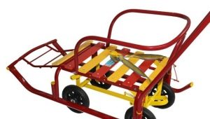 Memilih kereta luncur dengan roda besar