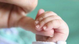 วิธีการตัดเล็บให้กับทารกแรกเกิด?